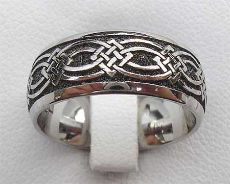 Domed Celtic Knot Wedding Ring