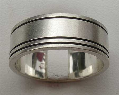 Plain Etched Silver Wedding Ring