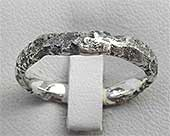Urban Womens Wedding Ring