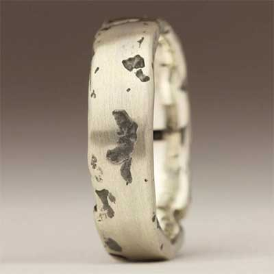 Womens Rocky Texture Wedding Ring